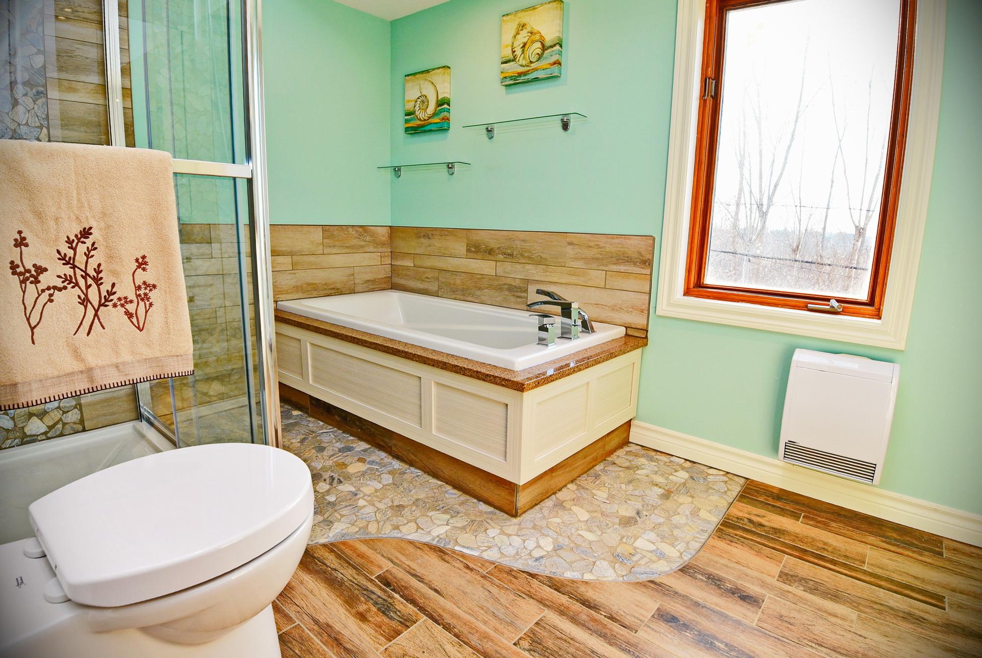 R novation d 39 une salle de bain laval 5 salle de bain for Renovation salle de bain laval