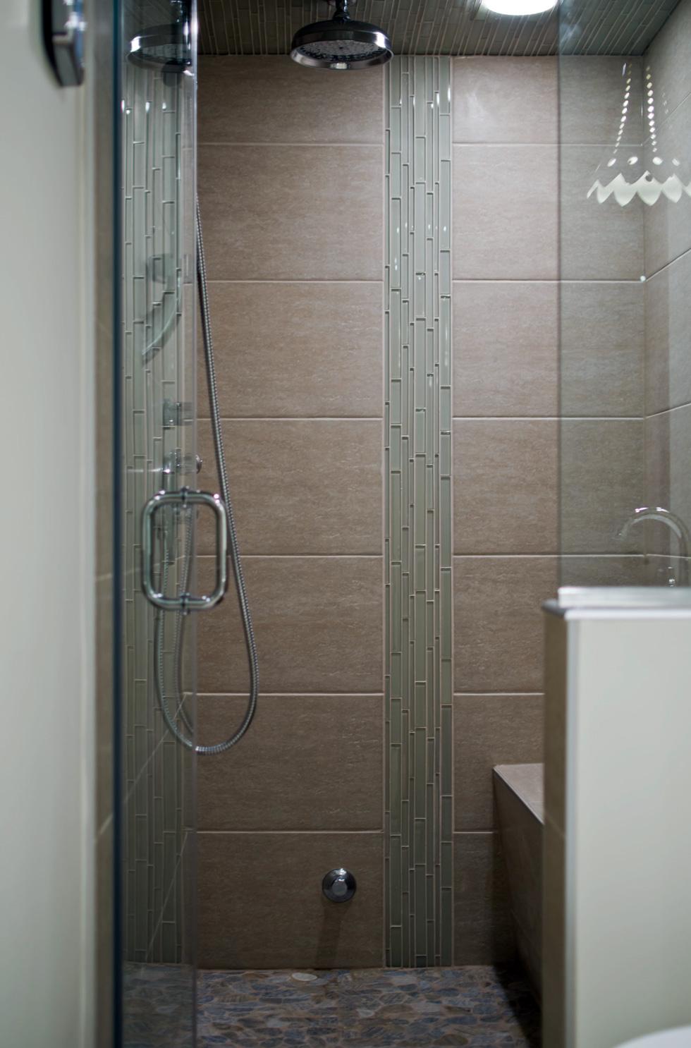 R novation salle de bain longueuil 1 salle de bain for Salle de bain longueuil