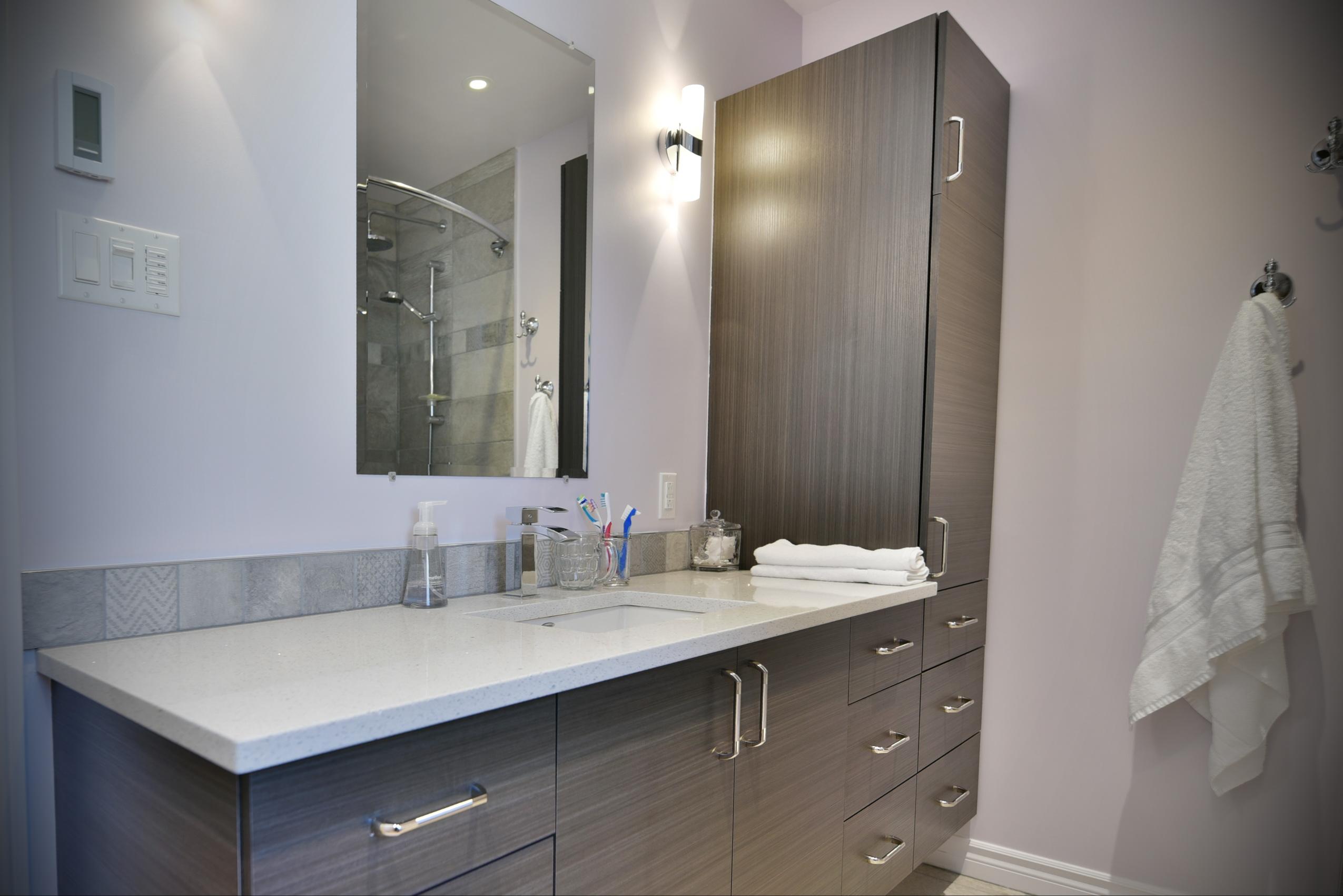R novation d 39 une salle de bain laval 37 salle de bain for Renovation salle de bain laval